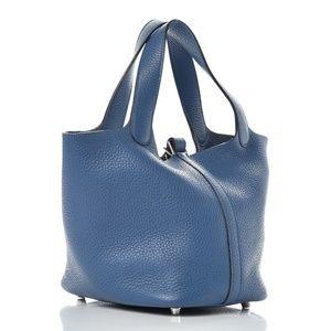 HERMES Taurillon Clemence Picotin 18 Bleu  Agate